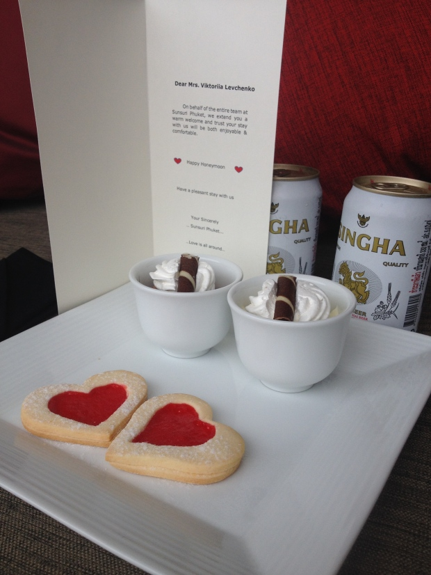 A honeymoon welcome snack. Congratulations Viktoriia Levchenko!