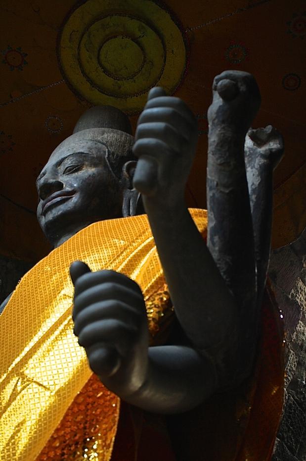 Vishnu statue  at Angkor Wat.