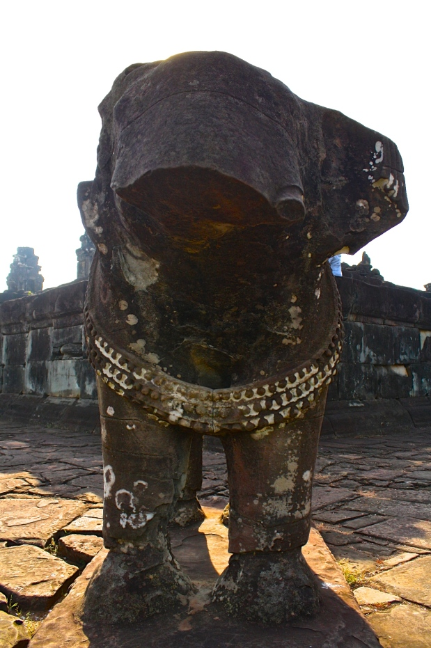 This isthe only placeI've seen in SE Asia with elephant sculptures guarding the four corners of the temple.